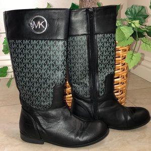 Michael Kors Ridear Boots